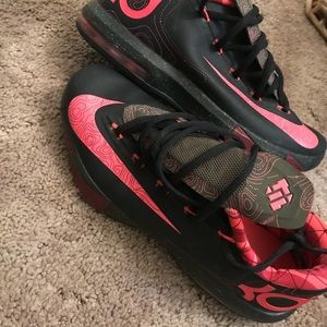 Nike Shoes - Kevin's Durant 7's Basketball shoes